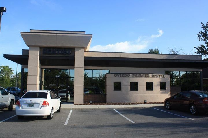 The outside view of the Oviedo Dental Building